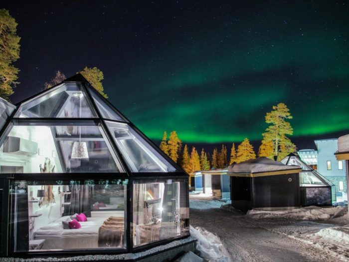 Гостиница Запорожье Отель Театральный - 7 зимових готелей - Santa's Igloos Arctic Circle